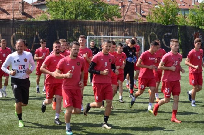 Novi stručni štab Slobode prvi trening počeo s 24 igrača