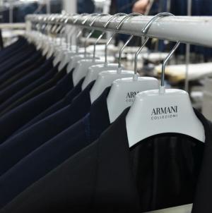 """Fabrika tekstila """"Kismet"""" izrađuje muška odijela za renomiranu marku """"Armani"""""""