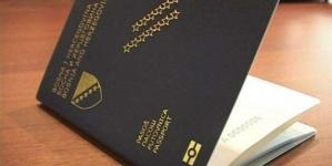Zašto se na fotografijama za pasoš ne smijete smijati