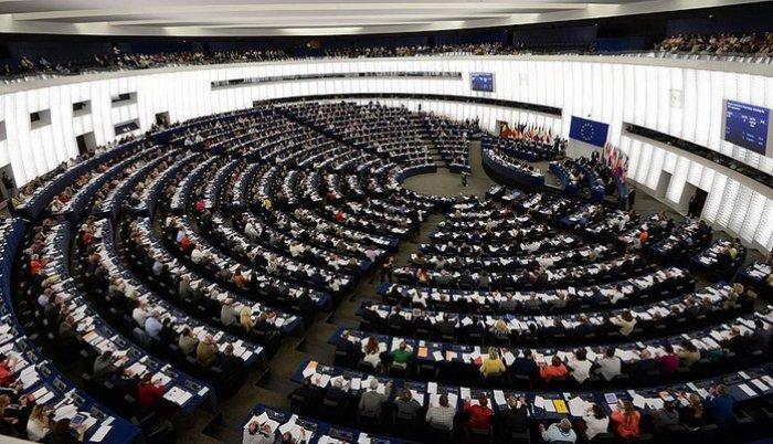 Evropski parlament usvojio amandman: Priznavanje genocida u Srebrenici je osnovni korak Srbije na putu ka EU