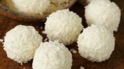 Zdrave poslastice: Čokoladne proteinske kuglice s kokosom