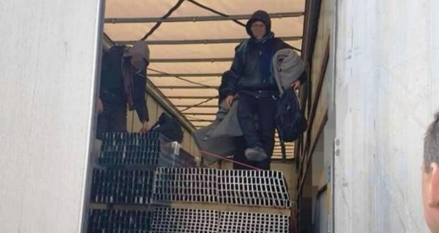 Osam migranata pronađeno u vozu na liniji Tuzla-Doboj