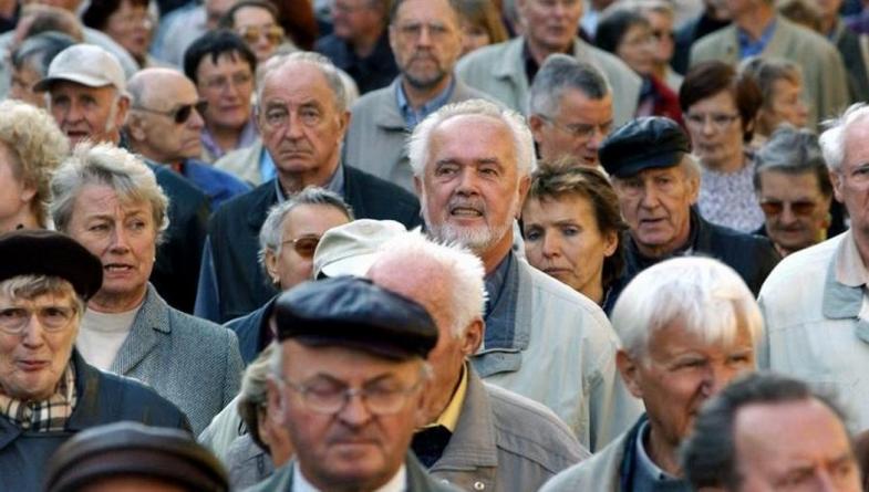 PIO upozorava penzionere: Ako ne podignete ček tri mjeseca, obustavljamo penziju