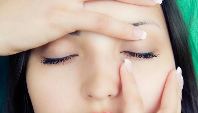 """Šta znači kad vam """"igra"""" kapak: Ovaj simptom ukazuje na određene nedostatke u tijelu"""
