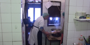 Dok se dogovara povećanje osnovice plaće državnih službenika i namještenika, javna kuhinja u Lukavcu utrostručila broj korisnika