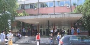 Čak stotinu profesora Univerziteta u Tuzli pisalo premijeru TK