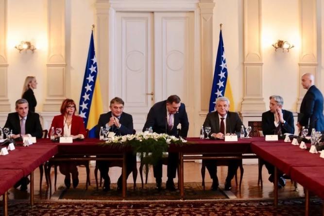 Dodik zbog zastave RS-a napustio sastanak s delegacijom PIC-a u Predsjedništvu BiH
