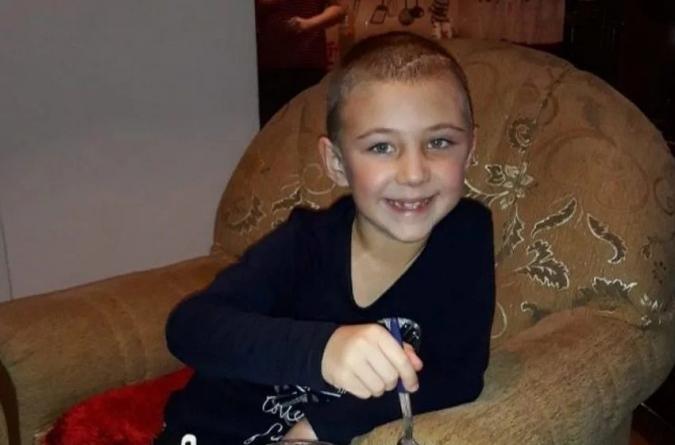 Pomozimo šestogodišnjoj Azri Neimarliji da pobijedi opaku bolest