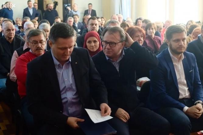 SDP donio konačnu odluku: Ne ulazimo u vlast s nacionalnim strankama