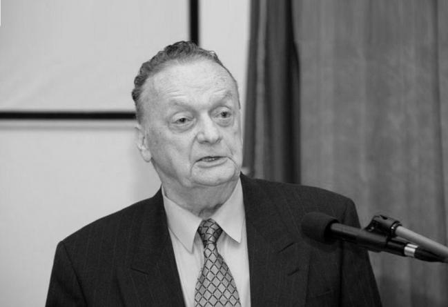 U Sarajevu preminuo akademik Ljubomir Berberović