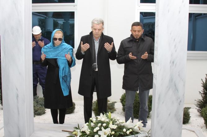 Delegacija PDA BiH na Dan nezavisnosti odala počast Sulejmanu Tihiću