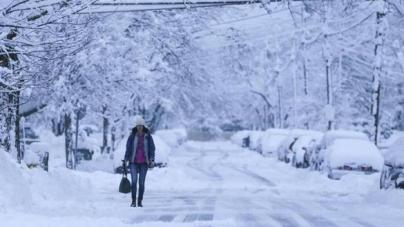 Snježna oluja pogodila sjeveroistok Amerike