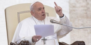 Papa osudio SAD i EU: Prodaju oružje, potpiruju konflikte