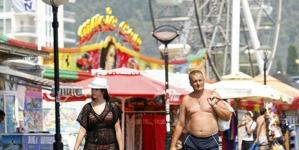 U Budvi ne šetajte u kupaćem kostimu ili bez majice, mogli biste to papreno platiti