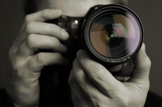 U BiH najmanje 3.000 nelegalnih fotografa