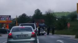 Drama u Hadžićima: Bježeći, automobilom udario u policijsko vozilo, povrijeđena trojica pripadnika MUP-a KS