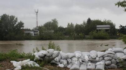 Kritičnih tačaka vodostaja više nema, rijeke se postepeno povlače u korita