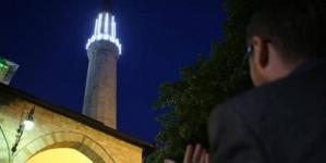 U BiH od sutra dozvoljeno obavljanje noćnih namaza u džamijama