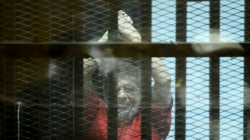 Bivši predsjednik Egipta Mohamed Morsi umro u sudnici