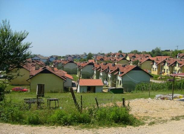 Kolektivni centar u Mihatovićima mogao bi se pretvoriti u Dom za stare osobe