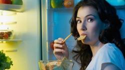 Zašto je loše otići gladan u krevet?