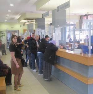 PIO Tuzla: Stranka napala zaposlenicu čekićem