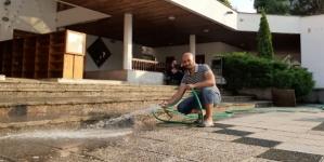 """Djamel iz Alžira sreću pronašao u Hadžićima: """"Želim ostati blizu džamije, jer srce mi je ovdje"""""""