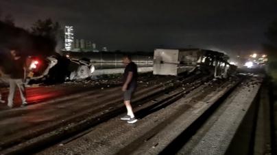 Jedna osoba smrtno stradala u teškoj nesreći u Lukavcu, saobraćaj i dalje obustavljen