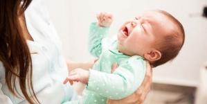 Kako djeluje plač, zašto su noge krive, imaju li sve bebe plave oči, treba li pametnoj djeci mnogo sna