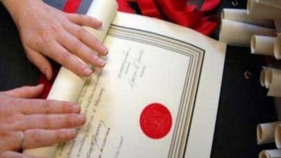 Otkrivene lažne diplome federalnih službenika