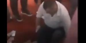 Proslava rođendana: Direktor puteva RS nogom šutirao hrpu novca