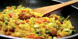 Piletina sa rižom i karijem