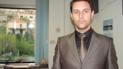 Ovo je šef banke koji je iz sefa pokupio tri miliona maraka i pobjegao u BiH