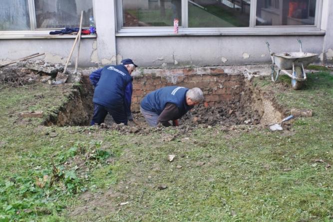 Počeli radovi na izgradnji lifta za ležeće i teško pokretne pacijente u Domu zdravlja Tuzla