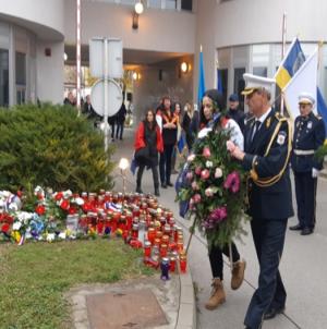 """Članovi Udruženja policije """"Manevarac"""" posjetili Vukovar"""