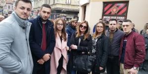 Asocijacija mladih GO PDA Tuzla pružila podršku mladima Tuzle: U Kapiju nam ne dirajte