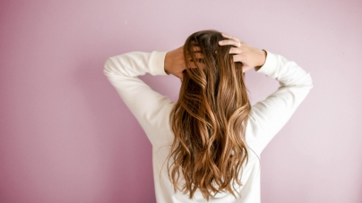 Njega kose u jesen: Kada vas opadanje kose treba zabrinuti