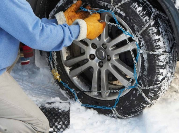 Od danas obavezno posjedovanje zimske opreme