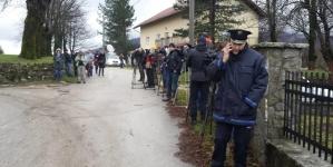 Novinarima zabranjen prilaz Vučjaku, sprema se deportacija migranata prema Sarajevu