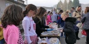 Banovići: Učenici prikupili 7.000 KM za obnovu sportskog terena