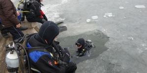 Ronjenje pod ledom na jezeru Bistarac
