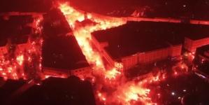 """""""Zapalili"""" cijeli grad: Pogledajte kako su navijači proslavili 100. rođendan voljenog kluba"""