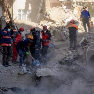 Raste broj poginulih: U zemljotresu u Turskoj stradala 31 osoba
