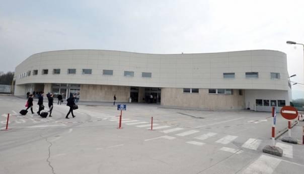 Aerodrom Tuzla bilježi blagi pad broja putnika zbog reduciranja nekih linija