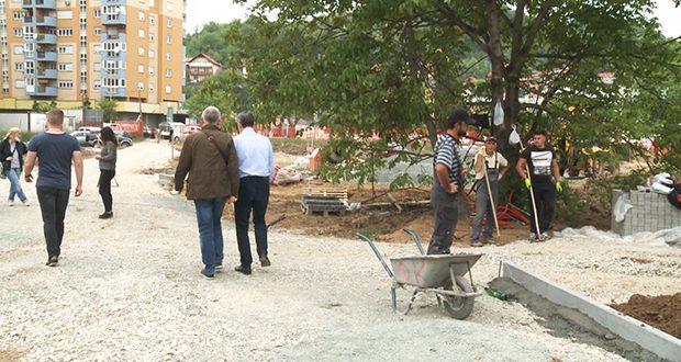 U toku gradnja parka u naselju Sjenjak