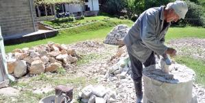 Živan Lazić pola stoljeća gradi kuće od kamena