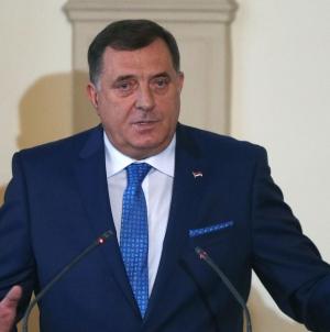 Milorad Dodik primljen u bolnicu u Banjoj Luci, ima obostranu upalu pluća