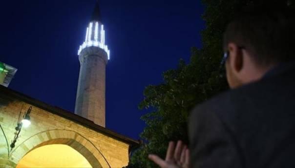 Večeras prva teravija, sutra prvi dan posta mjeseca ramazana