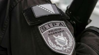 Akcija SIPA-e protiv službenika UIOBiH: Reketirali poduzetnike na Tržnici Arizona