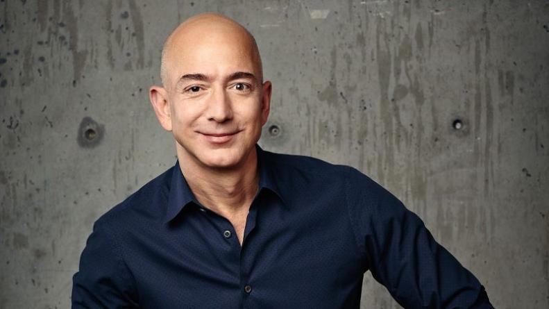 """Jeff Bezos u 2020. ušao kao najbogatiji čovjek na svijetu, """"težak"""" je 115 milijardi dolara"""